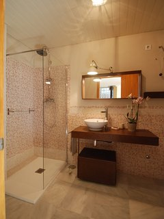 again bathroom