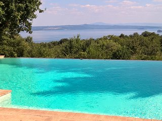 bolsena lake view
