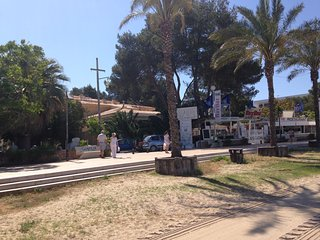 IBIZA APARTMENT Right on the beach of SAN ANTONIO, Sant Antoni de Portmany