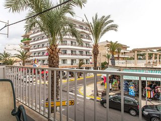 Completely renovated 2 bedroom apartment beachside, Ca'n Picafort