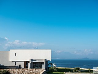 Luxurious private villa with stunning views and own access to the sea