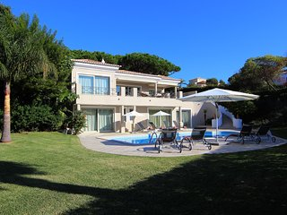 Villa Alexandra Vale do Lobo Four Bedrooms and Fenced Pool