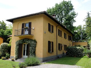 Beautiful countryside house near Como, Villa Guardia