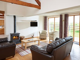 The Linhay, beautiful detached barn at Newhouse Farm Cottages