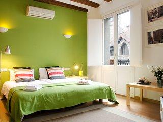 Fantástico apartamento de 70m2 en pleno barrio Gótico con mucha luz natural