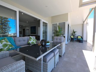 3 bedroom 3 bathroom Apartment  Harbour View located at Mindarie Marina