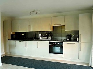 Holiday Cottage Apartment - The Villa in Neston Wirral and Cheshire
