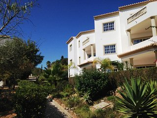 Top floor 1 bed Flat |Ocean views | Central Luz