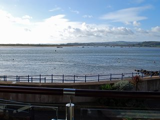 Superb studio flat with stunning sea views, Exmouth