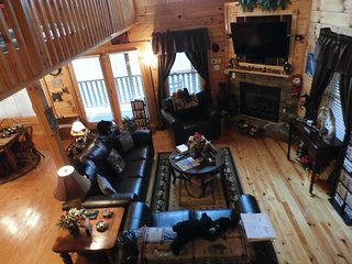 The New Frontier log cabin - winter special rates now available, Pigeon Forge