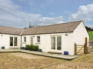 THE ANNEXE AT THE OLD FARM, all ground floor, underfloor heating, in Lamphey, Ref 944055