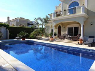Casa Maureena Quinta do Mar  - Charming 4 bedroom Villa, Almancil