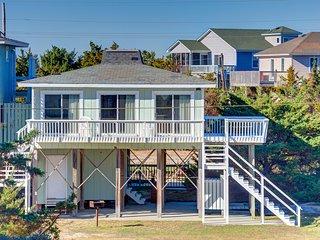 Semi-Oceanfront Beach Cottage, Avon