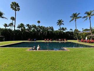 Aina Nalu I-104 Walking Distance to Lahaina Town- Sleeps 6- Central AC