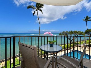 Kahana Reef 303: Breathtaking Direct Ocean Views!! Wonderful Location!