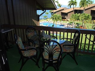 Mahina Surf 220 Completely Renovated 2BR/2BA, Lahaina