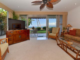 Kulakane 101 Extra Wide Corner Unit.  Direct Oceanfront.  Amazing Views, Lahaina
