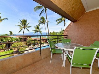Kuleana 321 Watch Beautiful Sunsets from your Ocean View Lanai- Special $130