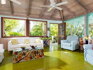 Artists bungalows in a garden oasis yoga deck 190 pace path to Grace Bay...