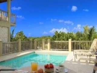 Private and Romantic Honeymoon Cottage, Providenciales