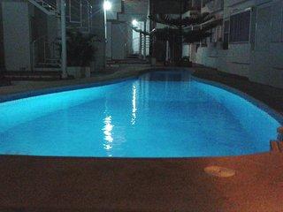 Nice apt with pool access & Wifi