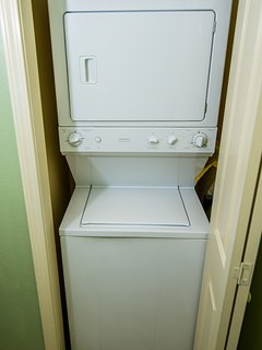 Washer/Dryer in Suite