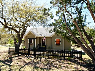 Monticello at Lonesome Dove Cottages ~ RA131179, Canyon Lake