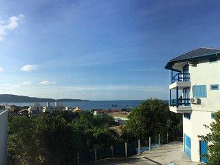 Ap. Vista do mar a 300 metros da praia