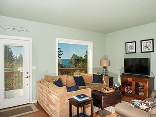 Enjoy all that Oceanside has to offer in this pet friendly home sleeping 13!