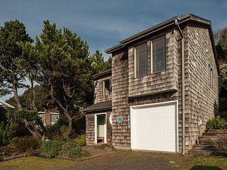 Explore this beautiful 3 bedroom home w/ astounding views of the Pacific!