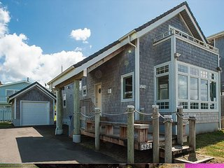The Tides Inn - Beautiful home away from home that is handicap accessible!