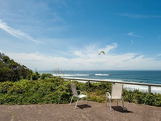 Enjoy endless views of the Pacific from this ocean front pet friendly home!