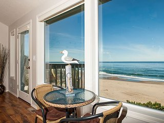 Oceanfront and a game room located in Lincoln City! The perfect getaway.