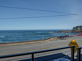 Experience this beautifully modern condo with great views of Depoe Bay!