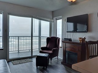 Oceanfront condo in Newport's Nye District, perfect for your family getaway!