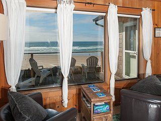 Beach cabin with attitude! It's rare to find an oceanfront home in Newport