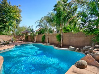 Amazing Gilbert Private Home. Great Location