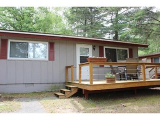 Cabin #4. Cozy cabin on Island Lake, Park Rapids.  Great area.  Great price!