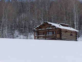 Romantic Log Chalet-