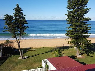 Ocean Apartments at the CoachHouse Narrabeen Beachfront; Penthouse