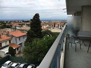Appartement, terrasse vue montagne, parking, 5min a pied du centre, Ascenseur
