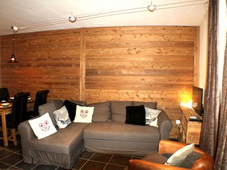Lognan 2 - High quality one bedroom apartment in Chamonix Sud