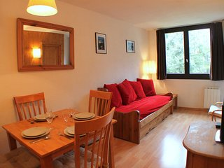 Chamois Blanc 2B - Great 1 bedroom apartment with convenient transport links, Chamonix
