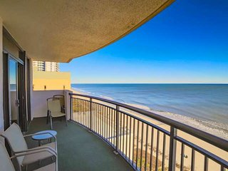 Oceanfront in the Heart of Myrtle Beach, Beautifully Updated 3Br in Paradise