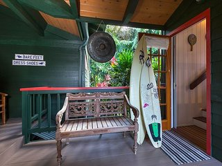 Hale Luia Paradise is a bright Hawaiian Island Style home close to the beach
