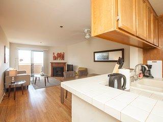 Strathmore Regency Apartment #317, Beverly Hills
