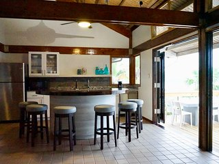 Oceania Villa 2 - Beautiful Renovated Villa (Bay View), Culebra
