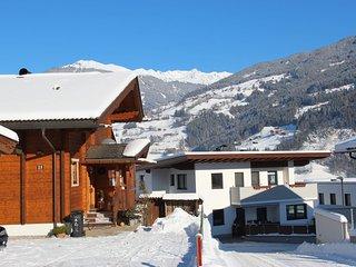 Brigitte #6586.1, Aschau im Zillertal