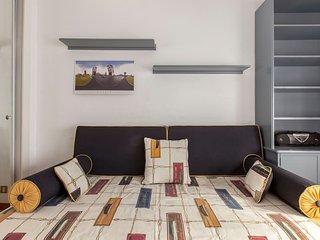 Moderno y comfortable dormitorio con baño