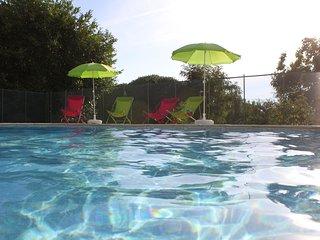 Gite La Bichonnière 4 pers.Piscine. Domaine de la Margotine en Quercy Périgord.